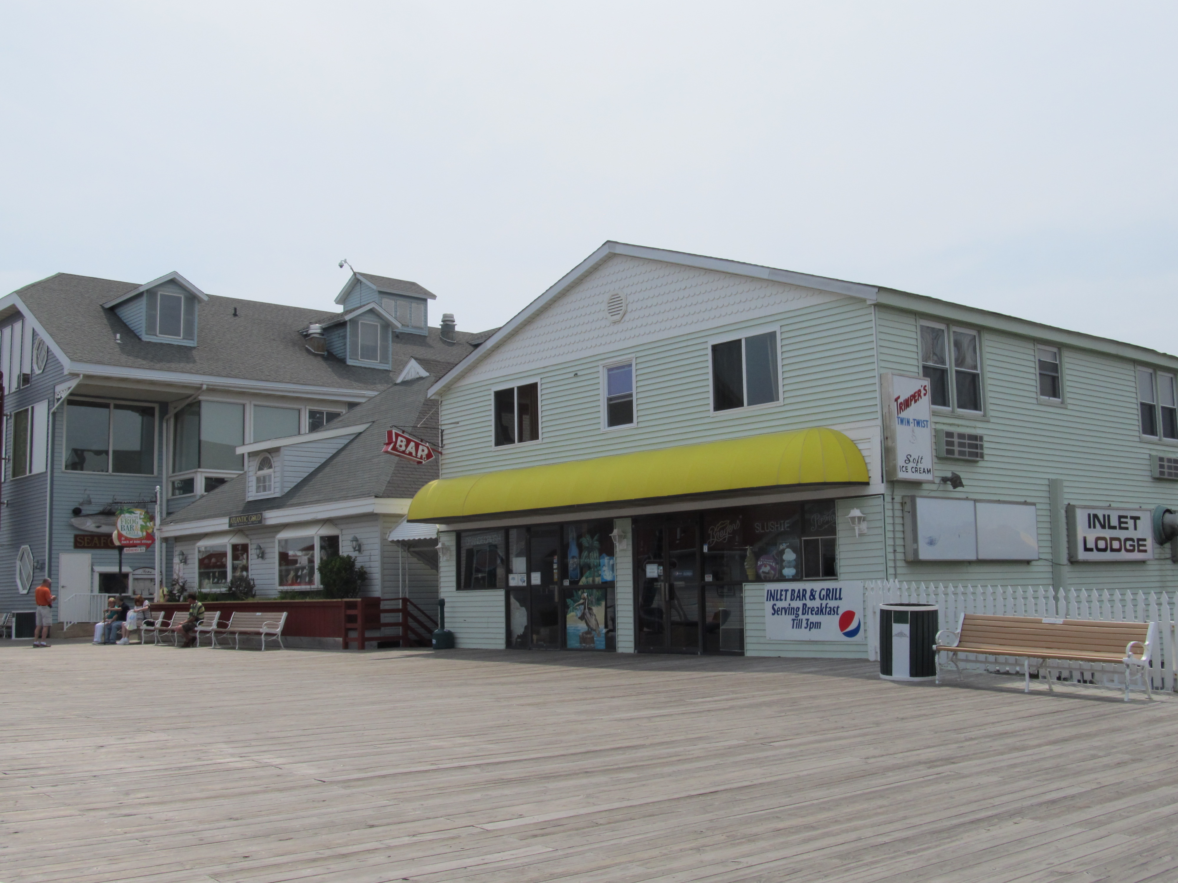 073-front-of-lodgefromboardwalk